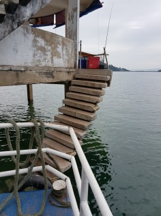 Staircase up to pontoon