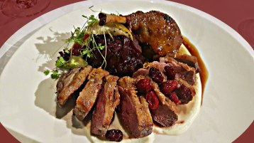 Duck with cranberry sauce